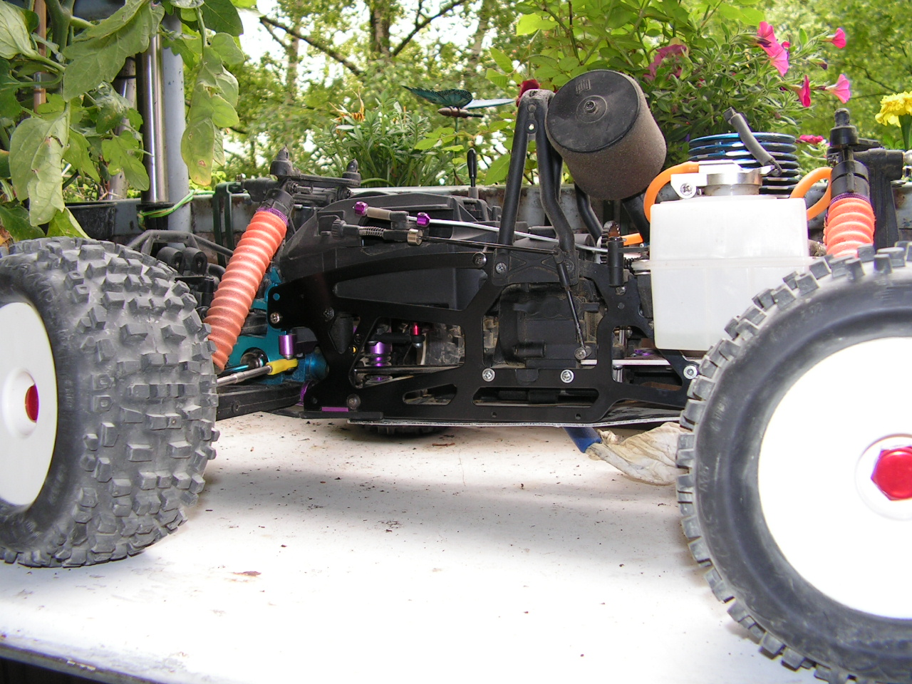 HPI Savage mit Low Chassis
